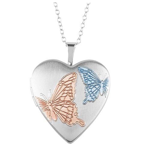 Locket pendant with the shape of a heart love symbol