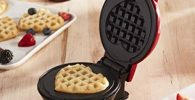 small heart shaped waffle maker non stick