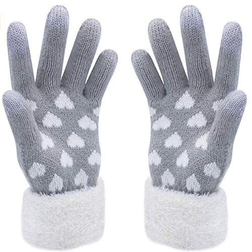grey touch screen gauntlets with white hearts printed