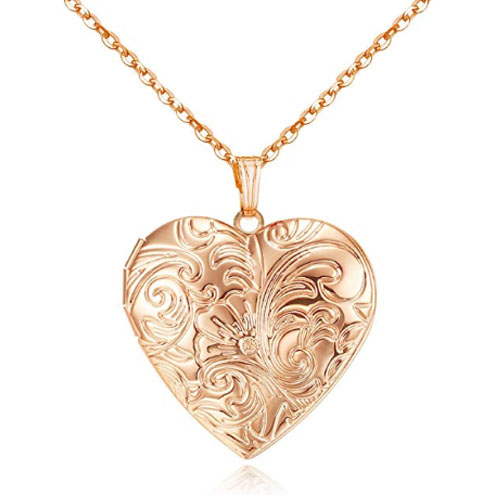 Rose gold locket pendant for girlfriend with the shape of a heart symbol