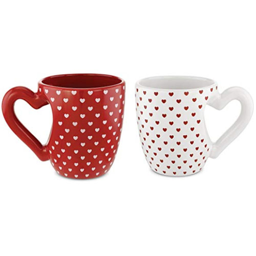 Pack of two mugs with heart-shaped handle