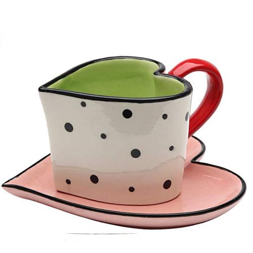 Heart-shaped mug for coffee and tea