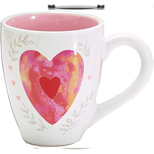 Pink heart printed on big cup for tea and coffee
